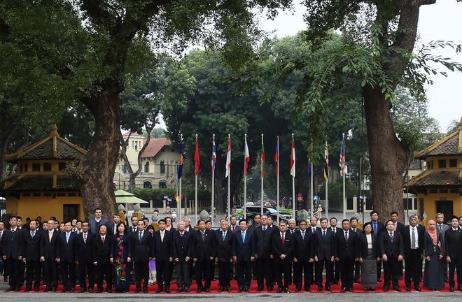 Nghi le thuong co ASEAN tai Ha Noi, TP HCM hinh anh 5