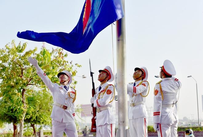 Nghi le thuong co ASEAN tai Ha Noi, TP HCM hinh anh