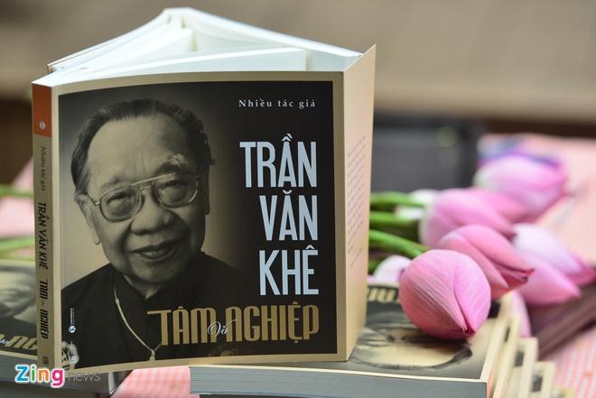 ra mat an pham Tran Van Khe: Tam va Nghiep anh 2