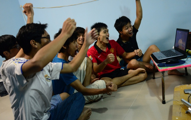 Muon kieu xem World Cup cua sinh vien Sai Gon hinh anh 6