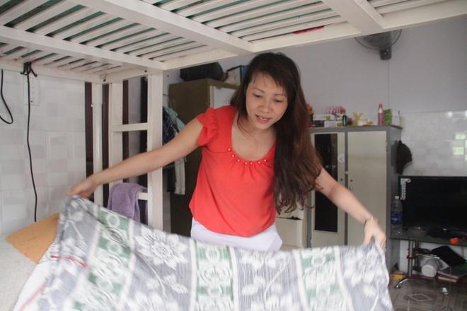Nguoi Sai Gon vay tien, thue nha lo cho si tu di thi hinh anh 1 Cô Nguyễn Thị Thu Nguyệt dọn phòng để đón thí sinh.