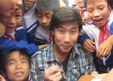 Viet kieu vao de Van: 'Tu 14 tuoi chua tung xin tien bo me' hinh anh