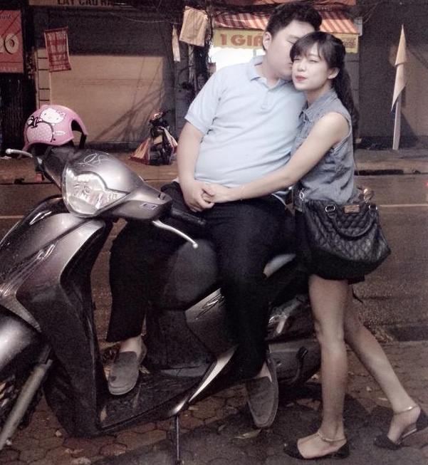 Chuyen tinh khong lo - ty hon gay sot tren mang hinh anh