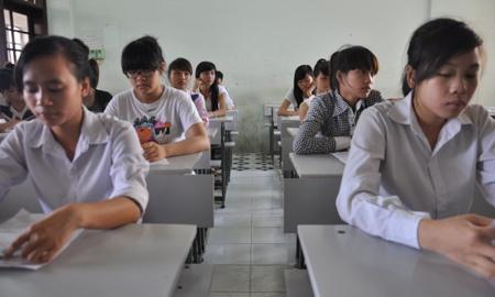 Bo truong Giao duc: 'Dung lo sung chia vao minh' hinh anh