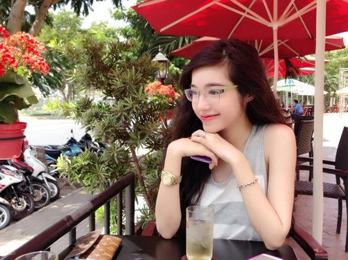 7 hot girl Viet tung noi trong cong dong mang quoc te hinh anh 9 Nhập mô tả cho ả1nh