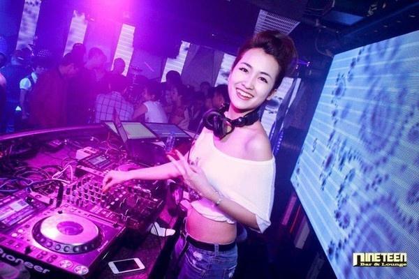 Nhung nu DJ nong bong cua The Remix hinh anh 3