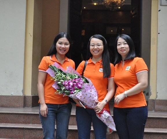 Chị Lê Minh Đức, Chu Thanh Hà và Vũ Mai Hương (từ trái qua).
