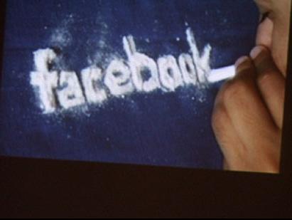Facebook vua la thuoc an than vua la thuoc doc hinh anh