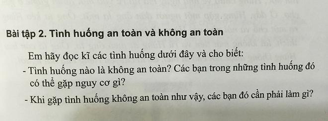 NXB Dai hoc Su pham len tieng vu sach 'so vao vung kin' hinh anh 2