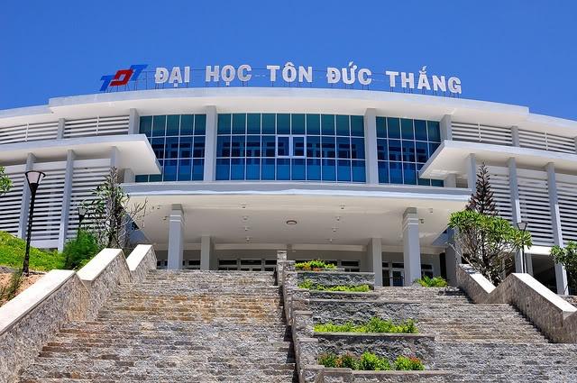Giao su cua Dai hoc Ton Duc Thang co gi la? hinh anh