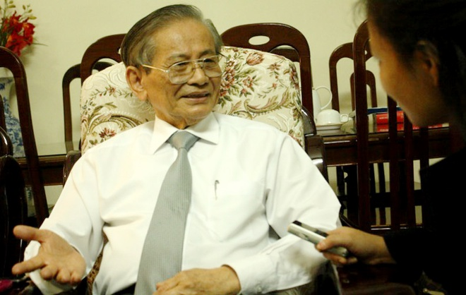 GS Phan Huy Le: 'Mon Lich su dang sa sut den vo bo' hinh anh