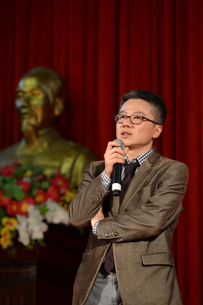 GS Ngo Bao Chau: 'HS Viet co tiem nang nhung de thui chot' hinh anh 1