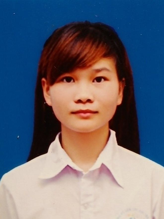 Nu sinh tra lai 10 trieu dong cho nguoi danh mat hinh anh 1 Nữa sinh Giáp Thị Thành trả lại tiền cho người mất.