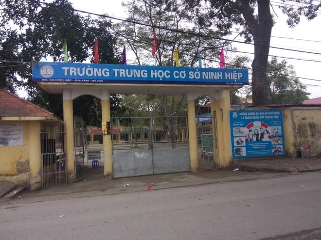 Hoc sinh Ninh Hiep tro lai truong, khong muon thi hoc ky hinh anh 1 Học sinh trường Tiểu học Ninh Hiệp.