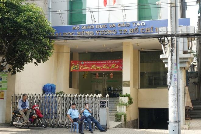 Giang vien DH Hung Vuong TP HCM chua chiu ban giao cong viec hinh anh 1