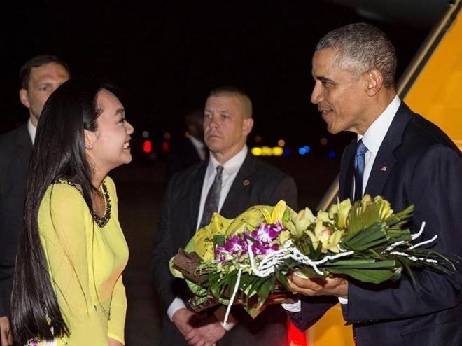 9X tang hoa ong Obama tung hoi kho Thu truong Ngoai giao My hinh anh