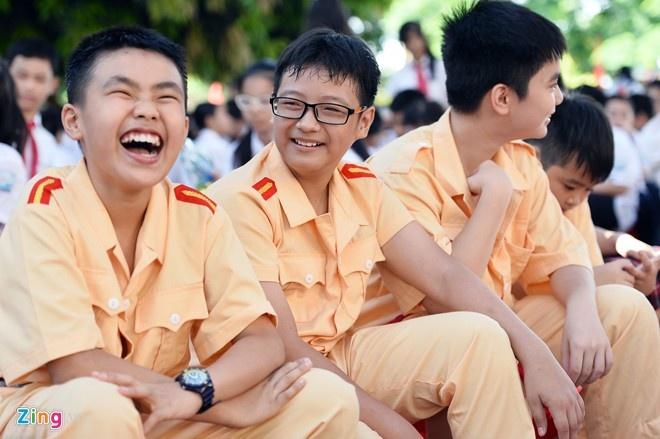 Nam hoc 2016-2017 tuu truong som nhat ngay 1/8 hinh anh 1