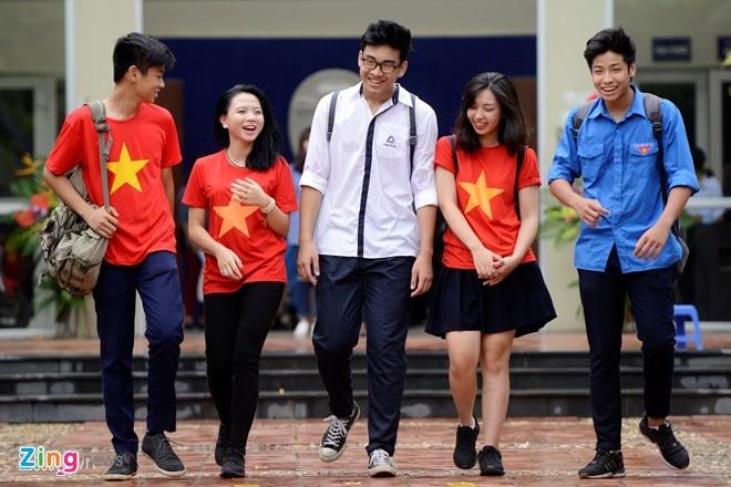 Truong THPT Luong The Vinh cong bo diem chuan hinh anh 1