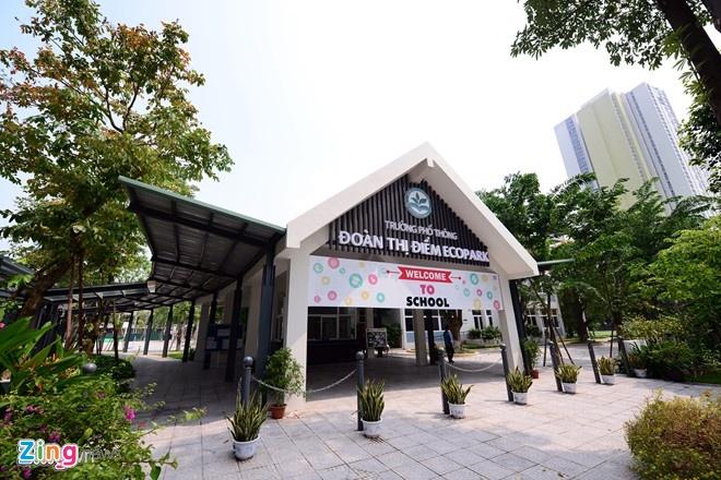 Truong Doan Thi Diem Ecopark noi gi ve thu 5 trieu 'giu cho' hoc sinh? hinh anh 1