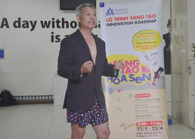 GS mac quan dui: Giao duc 'dong phuc' lam hoc tro khong dam nghi khac hinh anh