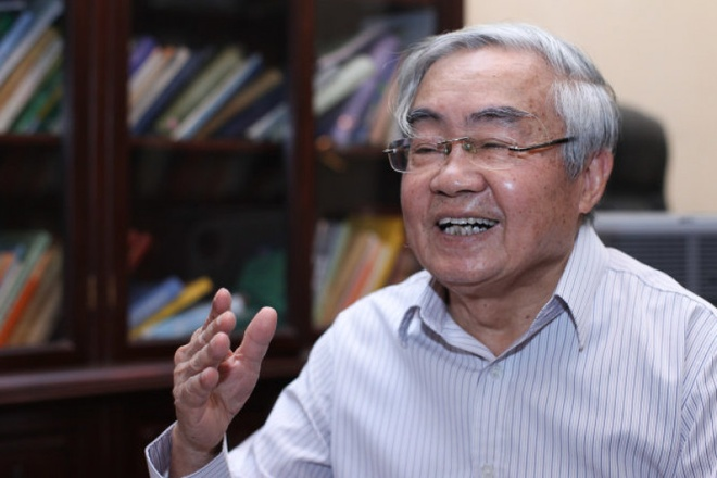 Nguyen Bo truong GD&DT: 'Bo bien che la de xuat nguy hai va vo bo' hinh anh