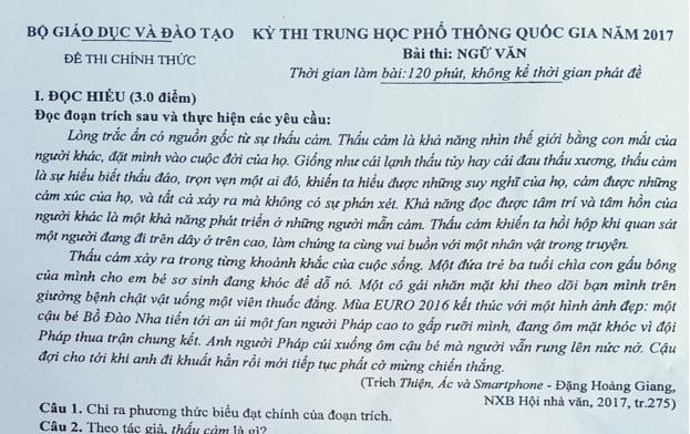 Tranh luan ve su dung tu 'thau cam' trong de thi Ngu van hinh anh 1