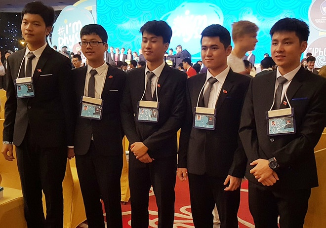 thi olympic quoc te anh 1