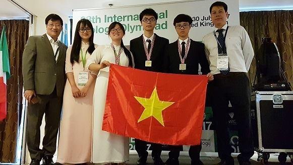 Viet Nam gianh mot huy chuong vang Olympic Sinh hoc quoc te 2017 hinh anh 1
