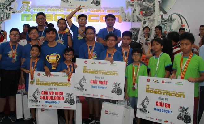 Viet Nam cu 4 doi du thi Robotics quoc te hinh anh 1
