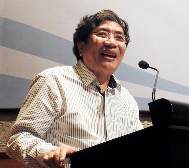 So GD&DT TP.HCM: 'Chung toi khong tu y bien soan sach giao khoa rieng' hinh anh 2