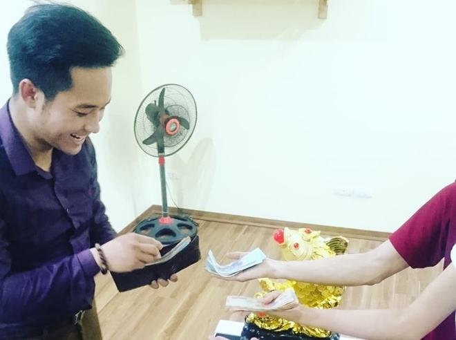 Moi ban thang cua U23 Viet Nam, nhan vien duoc thuong mot trieu dong hinh anh