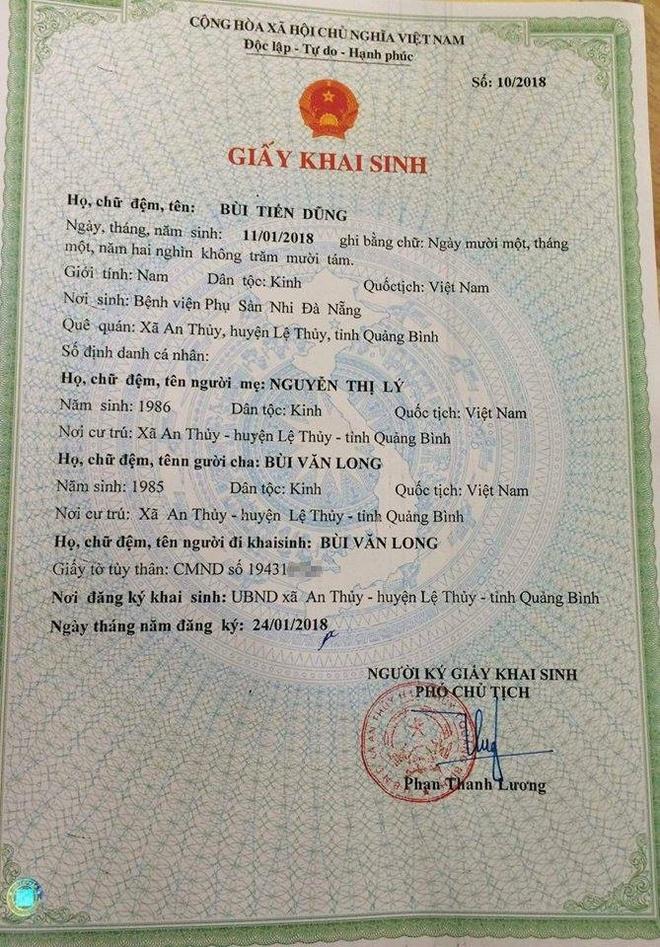 Ong bo lam giay khai sinh ten con trai la Bui Tien Dung hinh anh 1