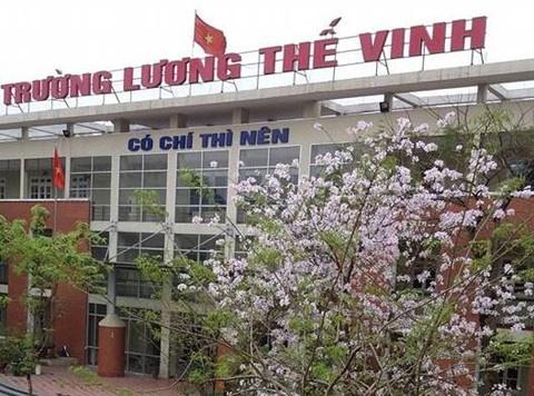 Yeu cau truong Luong The Vinh tra lai tien cho hoc sinh rut ho so hinh anh