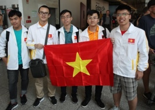 Hoc sinh Viet Nam gianh 2 huy chuong vang Olympic Vat ly quoc te 2018 hinh anh