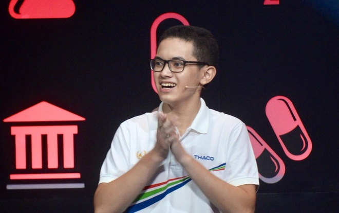 Hoang Cuong tro thanh tan quan quan 'Duong len dinh Olympia' nam 18 hinh anh