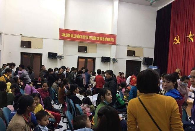 Benh vien qua tai vi 1.000 gia dinh Bac Ninh dua con den kham san lon hinh anh 2