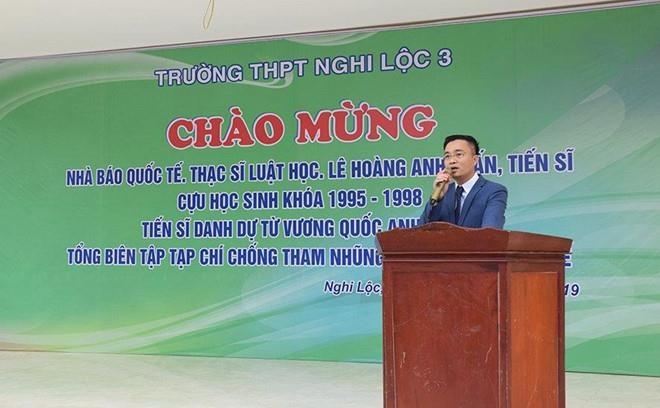'Nha bao quoc te' Anh Tuan khong phai giang vien cua Hoc vien Bao chi hinh anh 2