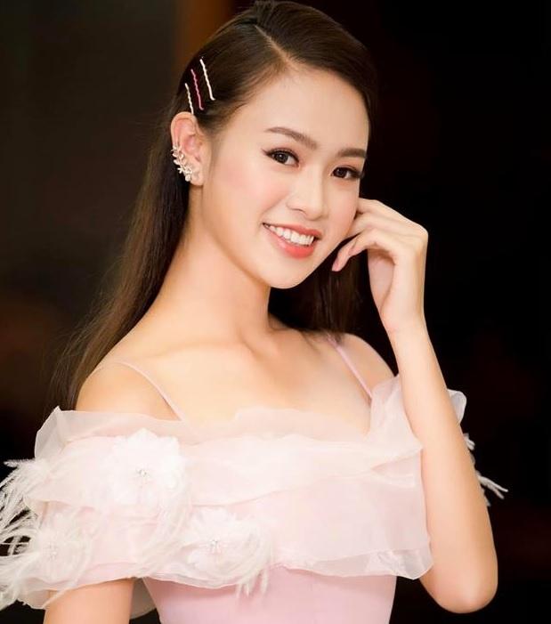 9X tung thi Hoa hau Viet Nam tot nghiep xuat sac DH Ngoai thuong hinh anh 9
