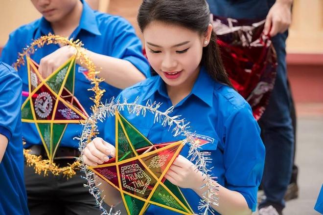 9X tung thi Hoa hau Viet Nam tot nghiep xuat sac DH Ngoai thuong hinh anh 7