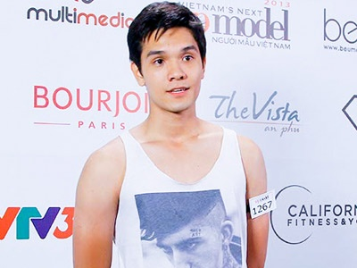 Hot boy Viet kieu Nga 1m92 gay sot casting Next Top Model hinh anh