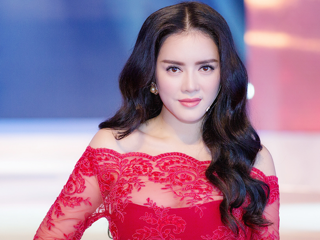 Ly Nha Ky tang chuyen di Phap cho thi sinh bi loai hinh anh