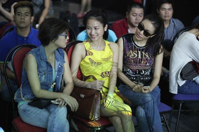 Vo sap cuoi lang le co vu Lam Truong tap luyen hinh anh 2