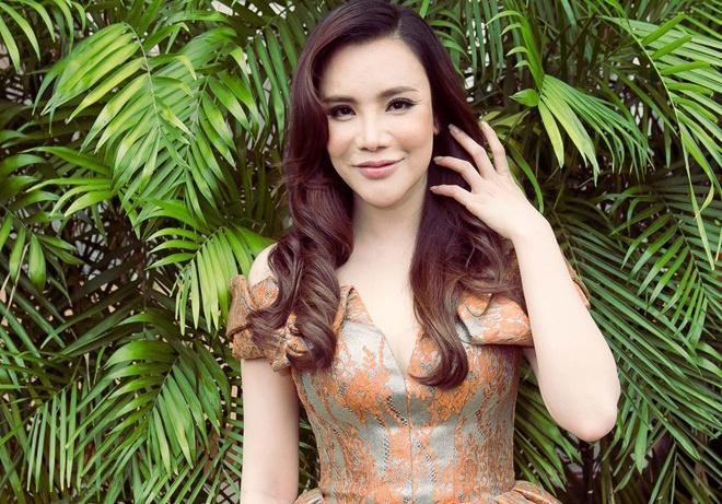 Ho Quynh Huong dan dau top sao Viet mac dep tuan qua hinh anh