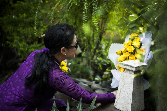 Khanh Ly tham mo Trinh Cong Son khi vua ve Viet Nam hinh anh 3