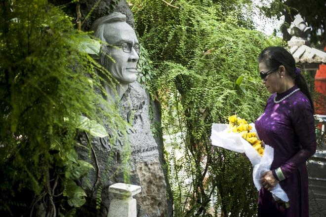 Khanh Ly tham mo Trinh Cong Son khi vua ve Viet Nam hinh anh 2