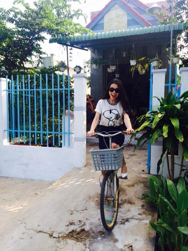 My nhan Viet va phong cach thoi trang cung xe dap hinh anh 15