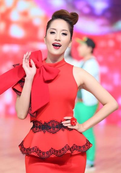 Top 5 gu thoi trang tren ghe nong anh huong showbiz Viet hinh anh 13
