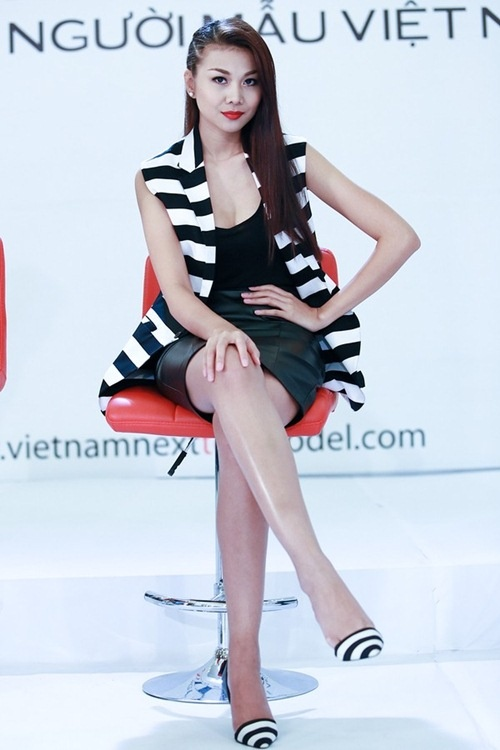 Top 5 gu thoi trang tren ghe nong anh huong showbiz Viet hinh anh 18