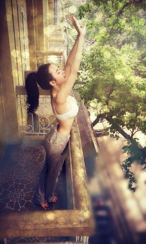 Angela Phuong Trinh nghien style khoe duong cong sexy hinh anh 12