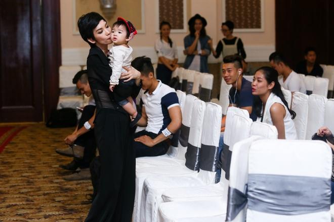 Con gai Xuan Lan theo chan me di cham thi Next Top Model hinh anh 1